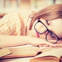 As Mulheres Precisam de Mais Horas de Sono Porque Usam Mais O Cérebro, Diz Estudo.