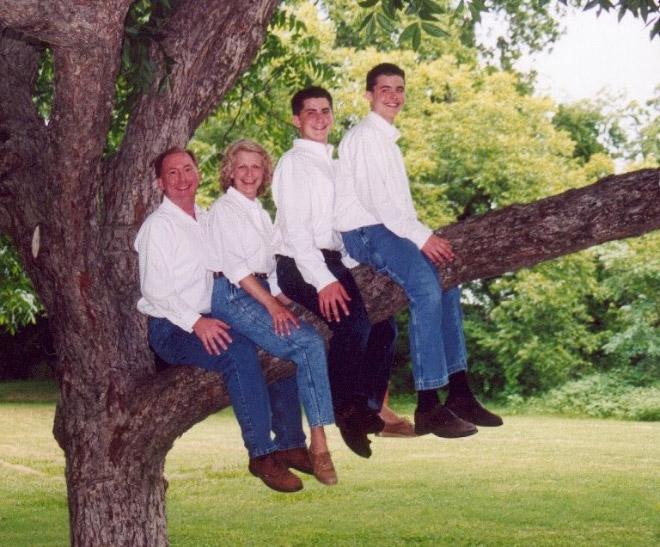 As Estranhas e Hilariantes Fotos de Família Dos Anos 80 (13)