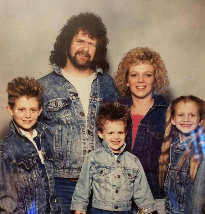 As Estranhas e Hilariantes Fotos de Família Dos Anos 80 (15)