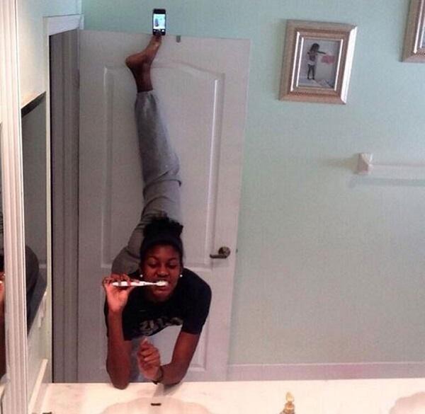 WTF! As Mais Estranhas, Assustadoras e Bizarras Selfies na Internet (16)