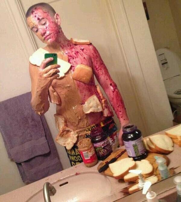 WTF! As Mais Estranhas, Assustadoras e Bizarras Selfies na Internet (26)